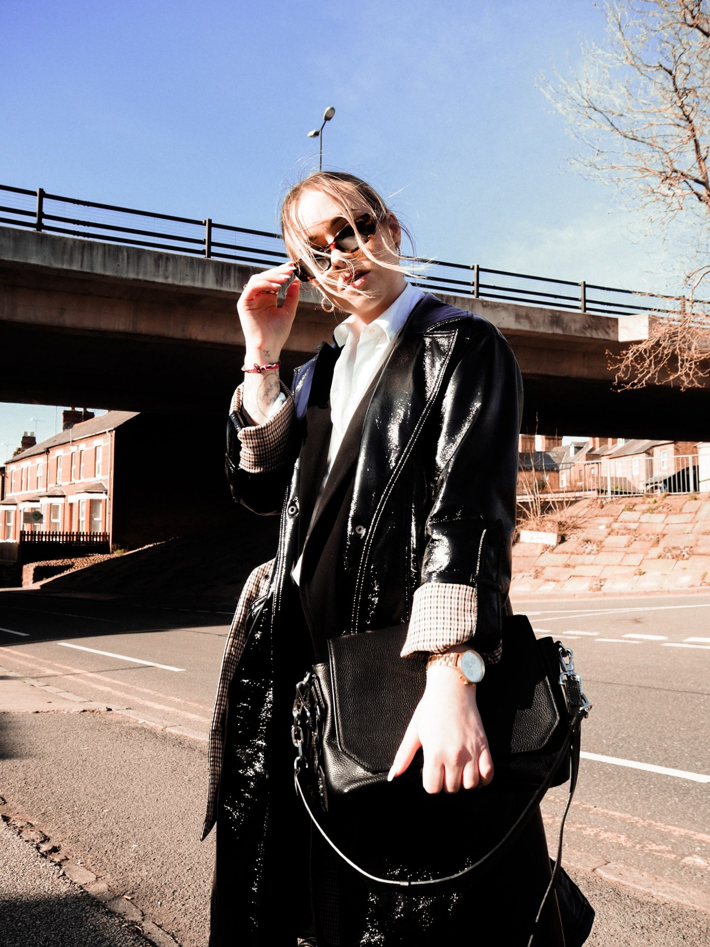 how to style vinyl trench blogger lucy love