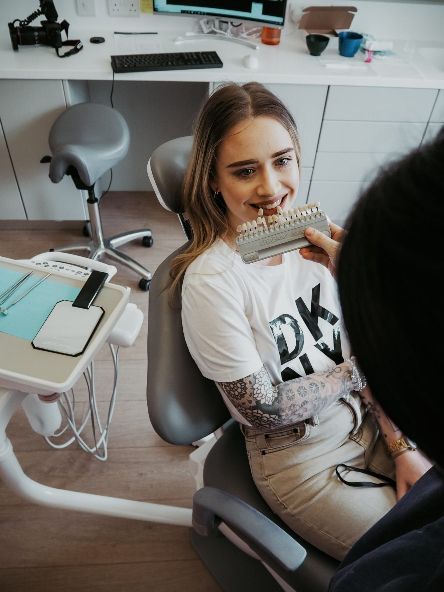 Enlighten tooth whitening treatment