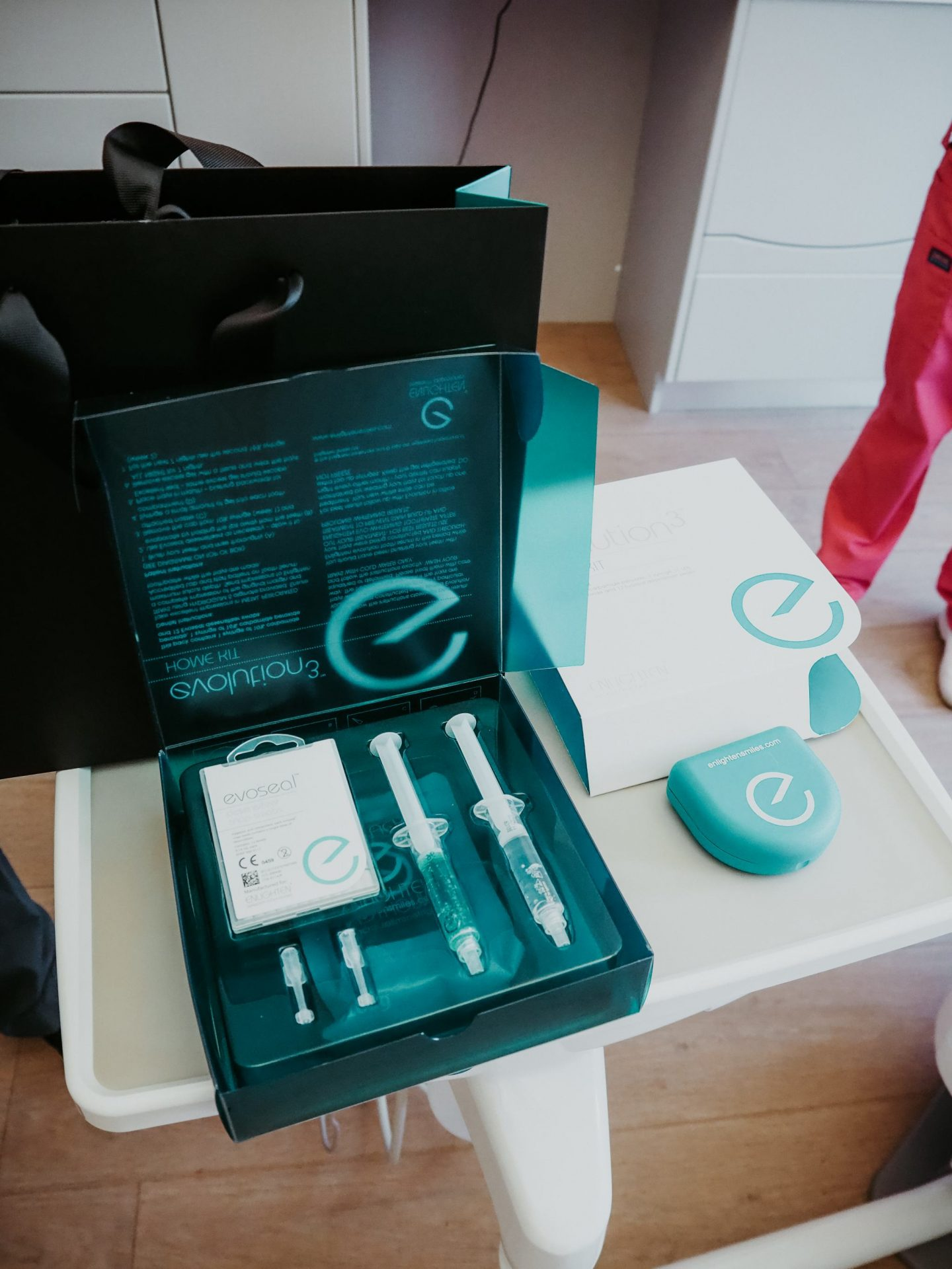 Enlighten tooth whitening review