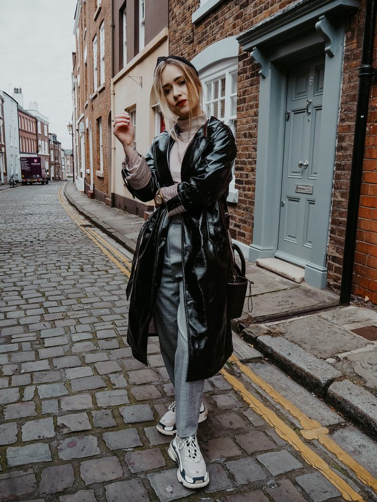 uk blogger lucy love styles vinyl trench